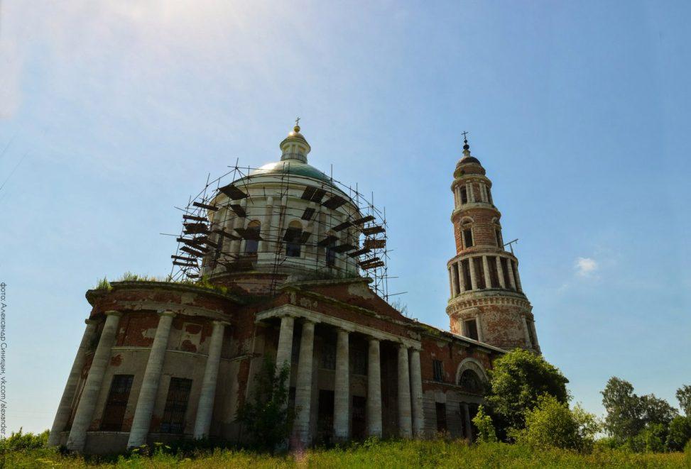 Храм в селе Перевлес