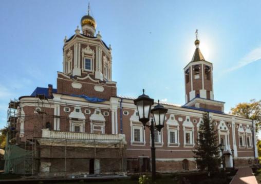 Надвратная церковь Иоанна Предтечи