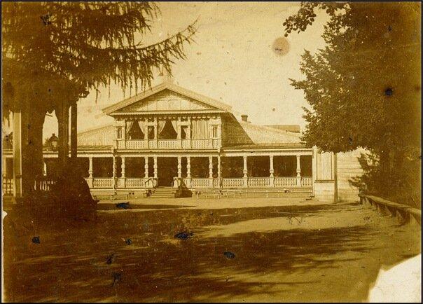 Летний дом дворянского собрания 20 век