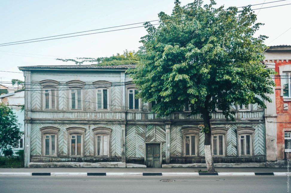 Улица Полонского, 15