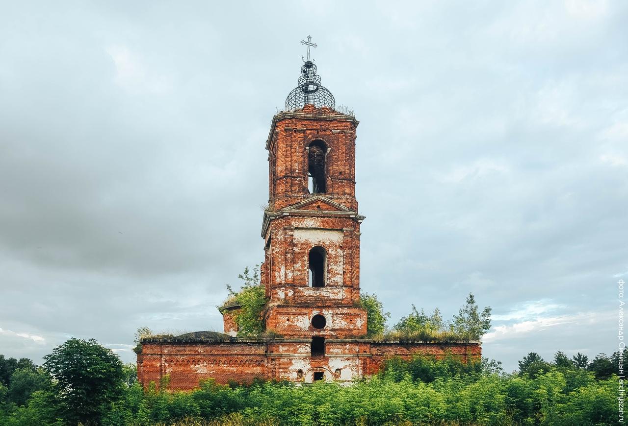 Заброшенный храм Россия