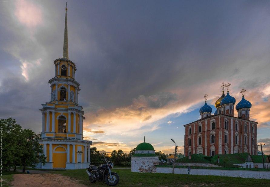 успенский собор и колокольня