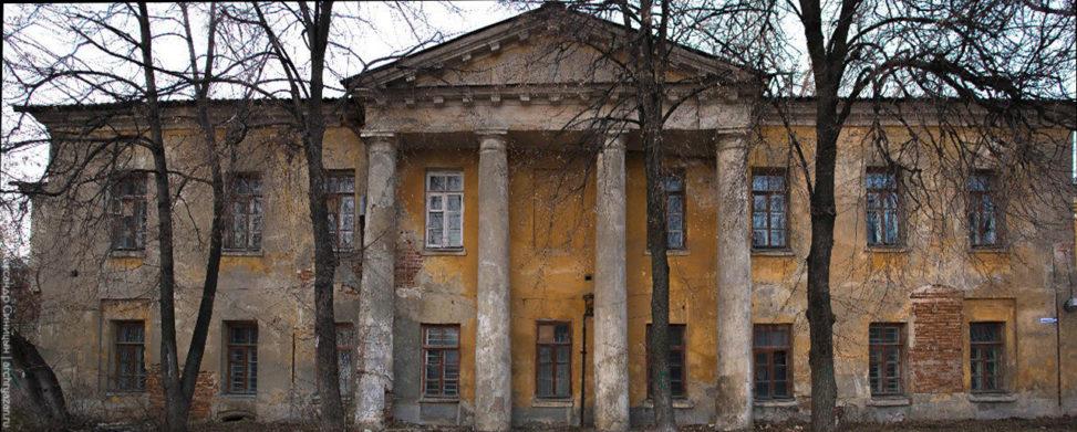 """Доходный """"Редутный дом"""" Семинарская"""