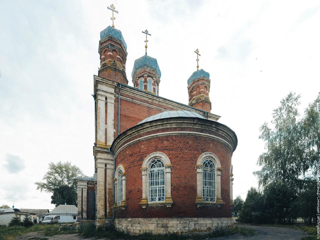 фасад церкви в стрелецких выселках