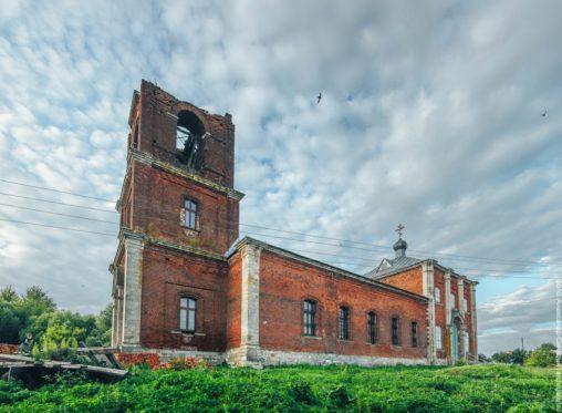 Михайловский район, Лобановские Выселки. Покровская церковь