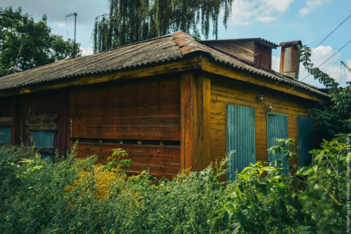 радищева памятник деревянный дом